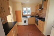 3 bedroom semi detached property to rent in Windsor Drive...