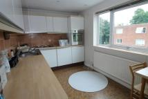 2 bed Flat to rent in Abemarle Road, Beckenham...
