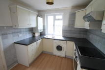 Flat to rent in Widmore Road