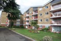 Flat to rent in Spruce Park, Bromley
