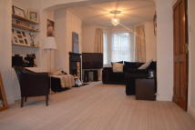 2 bed home in Mosslea Road, Bromley
