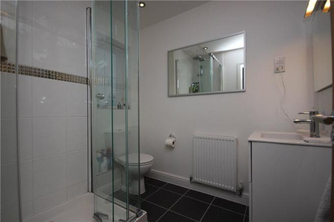 07 Bathroom
