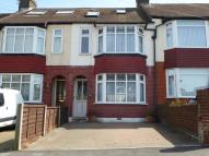 4 bedroom Terraced house for sale in Featherby Road, Rainham...