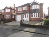 Detached home for sale in Lincoln Avenue...