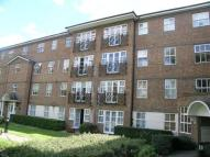 Flat to rent in Rectory Court, High Road...