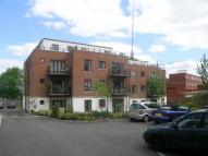 2 bedroom Flat in Tempus Court, High Road...