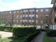 Flat in Rectory Court...