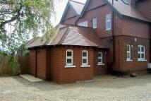 2 bedroom Flat to rent in Hawes Lane, West Wickham