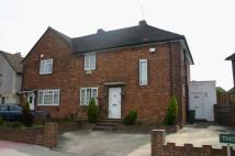 3 bed semi detached house in Thorn Close, Bromley...
