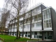2 bedroom Flat in Cuxton House, Petts Wood