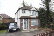 3 bedroom semi detached property to rent in Vinson Close, Orpington
