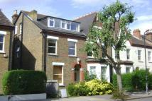 Flat to rent in Samos Road, Anerley...