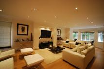 5 bed Detached home in Macclesfield Road...