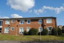 2 bedroom Ground Flat in Chiltern Park Avenue...