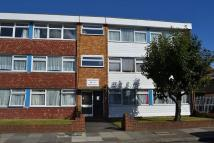Flat to rent in Percy Road, Goodmayes