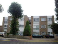 Flat to rent in Standon court , Goodmayes