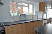 Maisonette in Bush Close, Newbury Park