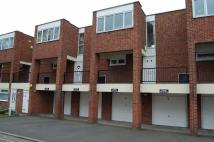 Flat to rent in St. Johns Court...