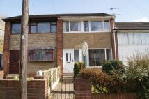 Town House to rent in Healey Drive, Ossett...