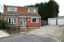 4 bed Detached home in Longlands Close, Ossett...