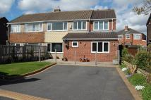 4 bed semi detached house in Wesley Court, Ossett