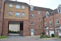 2 bedroom Apartment in Moorcroft Court, Ossett