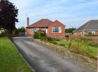 2 bedroom Detached Bungalow in Queens Drive, Ossett...
