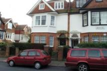2 bedroom Flat in Beachy Head Road, Meads...