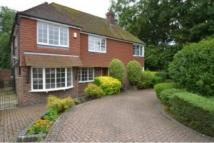 4 bedroom Detached house in Woodland Avenue...