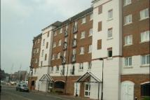 3 bed Flat in Bermuda Place...