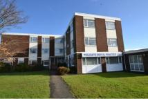 2 bed Flat in Manor Park Court...