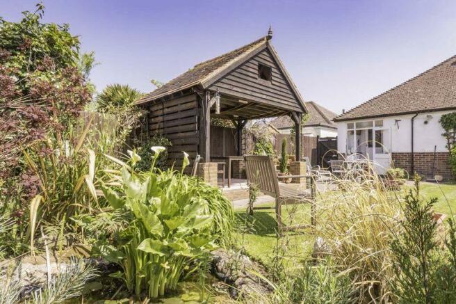 Summer barn house