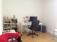 1 bedroom Flat in Barrington Road...