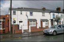 Broadstone Hall Road South Apartment to rent