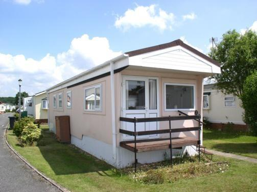 2 Bedroom Mobile Home For Sale In Kinson Bournemouth BH10