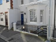 Flat to rent in Mann Street, Hastings...