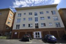 2 bedroom Flat to rent in Valley View, Shaw Close...