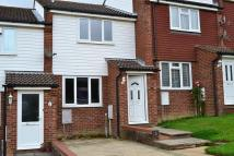 2 bed house to rent in Heron Close...