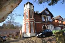 Flat to rent in Woodland Vale Road...