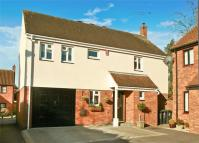 Detached house in Turret Court, ONGAR...