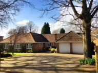 4 bed Chalet in Keymer Road, Burgess Hill