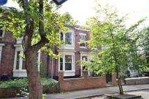 1 bedroom Apartment in Thornhill Gardens...