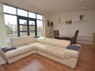 3 bed Penthouse in Thornlea Court...