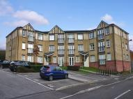 Apartment to rent in Heol Llinos, Thornhill...