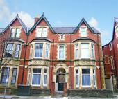 Flat to rent in Connaught Road, Roath...