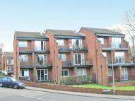 2 bedroom Flat in Fairoak Court...