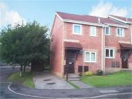 2 bedroom semi detached property in Brianne Drive, Thornhill...