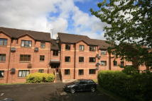 Mahon Court Flat to rent