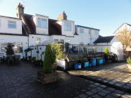 Flat to rent in Summercourt Road...
