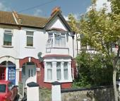 Brightwell Avenue Ground Flat to rent